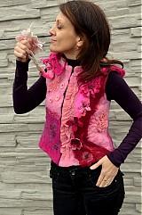 Iné oblečenie - Vesta plstená z ružového obláčika(vesta+odopínacia kapucňa) - 2443677