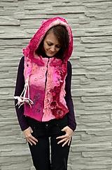 Iné oblečenie - Vesta plstená z ružového obláčika(vesta+odopínacia kapucňa) - 2443690