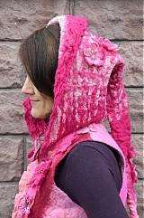 Iné oblečenie - Vesta plstená z ružového obláčika(vesta+odopínacia kapucňa) - 2443710