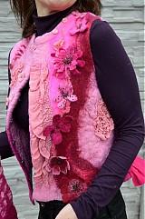 Iné oblečenie - Vesta plstená z ružového obláčika(vesta+odopínacia kapucňa) - 2443765