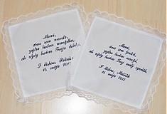 Darčeky pre svadobčanov - vyšívaný svadobný obrúsok pre rodičov - 2492428