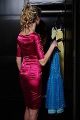 Šaty - Saténové minišaty si rukávikmi v rôznych farbách - 2524087