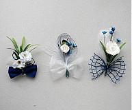 Svadobné pierka ladené do modra