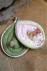 Úžitkový textil - Sliepka vs. kohút 31 - 2680386