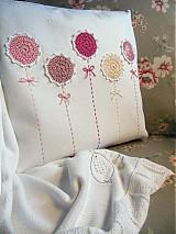 Úžitkový textil - vankúš rozkvitol - 2689646