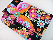 Peňaženky - Květinkoví motýlci- menší prostorná karty a 2 měny - 2698206