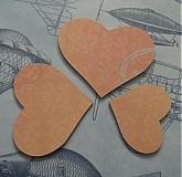 Materiál ručne robený - Kartónové srdiečka č. 2 / V zľave z 1,29€ - 2786199