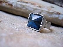 Prstene - Modrá pyramída - 3010392