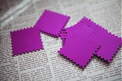 Papiernictvo - Fialovo-ružové menovky na svadbu - 3013782