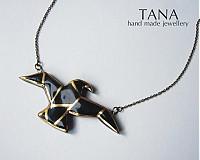 Náhrdelníky - Tana šperky - keramika/zlato, Origami sokol - 3103350