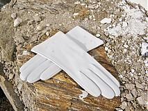 Rukavice - Bílé dámské kožené rukavice s hedvábnou podšívkou - celoroční/ na zakázku - 3118912
