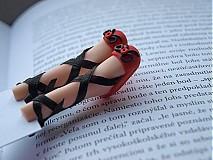 Papiernictvo - Záložka kniho-nôžka - 3131842