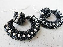 Náušnice - Čierno strieborné oblúčiky s guličkou - 3147719