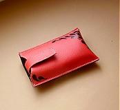 - červený s ornamentom - 3179109