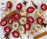 Dekorácie - Vianočné oriešky maľované - 3180720