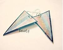 - Colour boom in triangles - 3184816