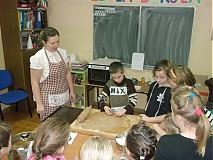 Kurzy - Kurzy pečenia a zdobenia medovníkov - 3253859