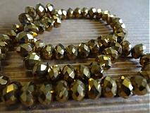Brúsené sklenené korálky zlaté 8x6mm