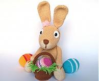 Návody a literatúra - Háčkovaný králiček s kraslicami a košíčkom - návod - 3680560