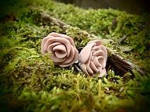 - Rose - 3698467