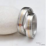 Prstene - Kované svadobné obrúčky nerezové, ocel damasteel a zlato - Golden Line - 488426
