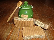 - Prírodné medové mydlo s čerstvým kozím mliekom - 665251