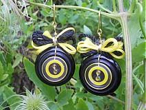 Náušnice - V čiernom žlté blúznenie. - 674542