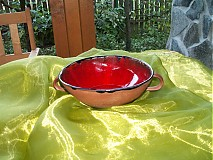 miska červená