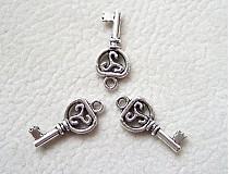 Komponenty - kľúčik2 - 735740