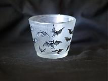 Svietidlá a sviečky - Svietnik na čajovú sviečku - Baby Bats - 819503