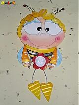 Včielka na stenu