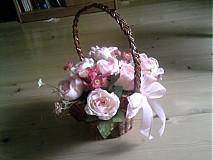 Dekorácie - Košik s kvetmi - 9845