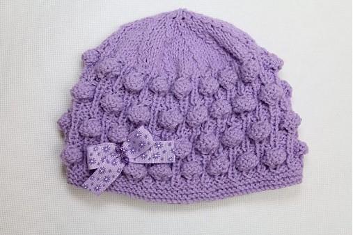 fialová baretka