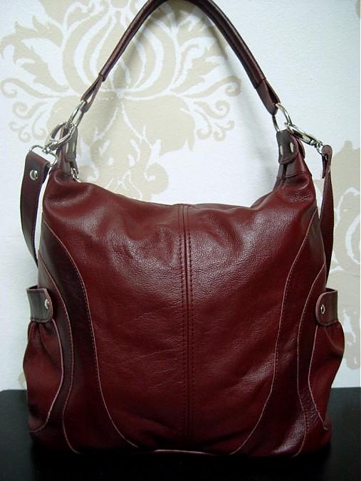 Bordová kožená kabelka Milka - držiaky na pleco aj na krížmo ... 09572742b48