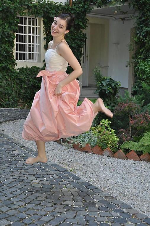 ec46002786a6 Šaty cibulky ružovo biele - akcia   Twigi - SAShE.sk - Handmade Šaty