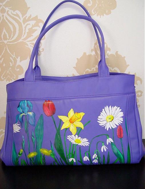 65098ebf2 Ručne maľovaná kožená kabelka