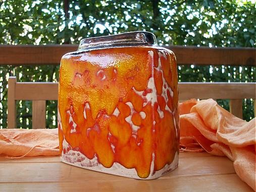 Váza oranžová hranatá malá