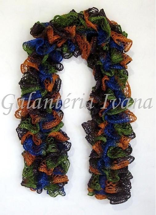 Pletený šál z vlny Schachenmayr Frilly č. 91