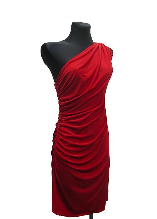 Red Gloss na jedno plece   Dyona - SAShE.sk - Handmade Šaty e8628ac6a06