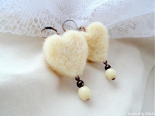 Srdcia bielych ovečiek