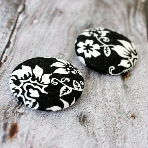 Gombíky Elegantné kvety 38 mm