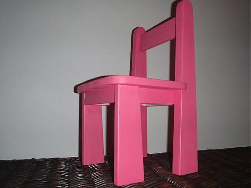 dd80d3770a1d Detská stolička ružová   Janulik123 - SAShE.sk - Handmade Nábytok