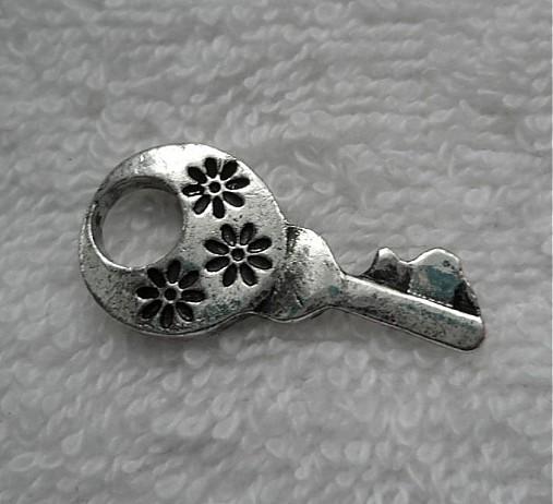 KPrív-kľúčik-1ks (30x15mm-platina)
