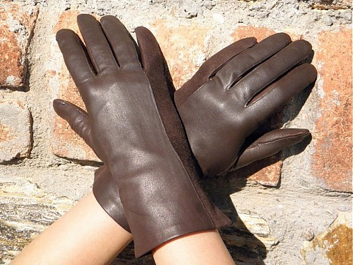 973d49140a4 Hnědé dámské kožené rukavice s hedvábnou podšívkou - celoroční ...