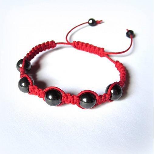 Červený shamballa náramok s hematitom  )   15Eruska - SAShE.sk ... a115ef6b4a9