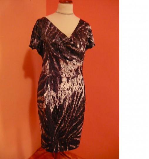 95c7f3a3f7a3 Letné spoločenské šaty pre MOLETKY veľkosť 48 - 50   krasnesaty ...