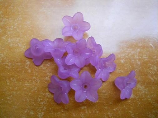 6a6ef6c63 Akrylové zvončeky fialové 10 ks / koralienka - SAShE.sk - Handmade ...