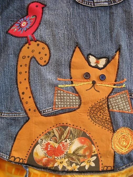 mačička a prsia galérie