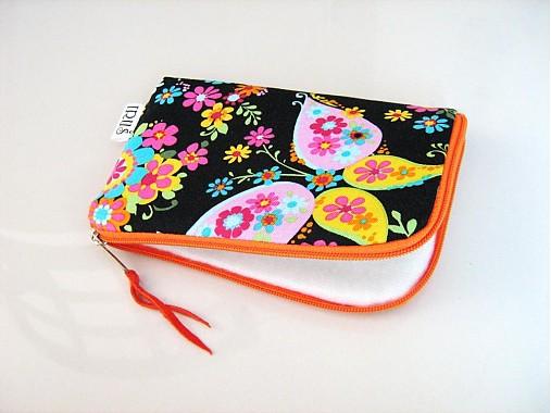 Květinkoví motýlci - pouzdro na mobil