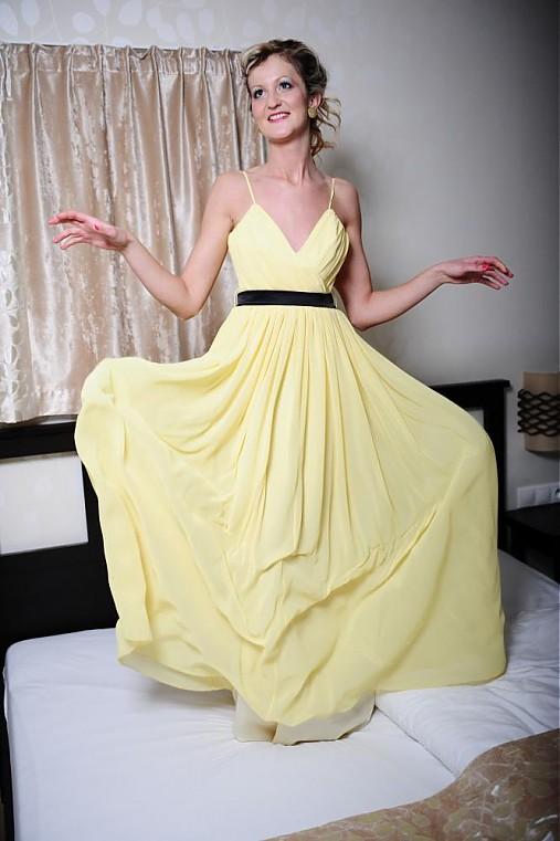Ľahké šifónové šaty rôzne farby   Dyona - SAShE.sk - Handmade Šaty 538f2aae254